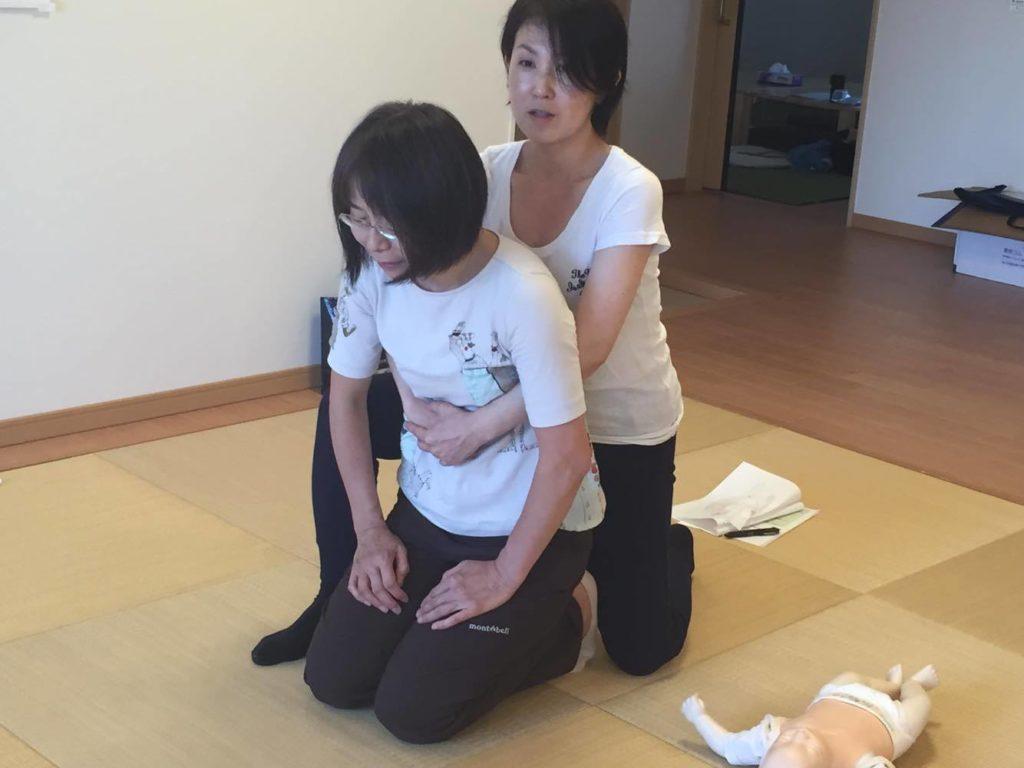 小児から大人の喉詰まり対処法