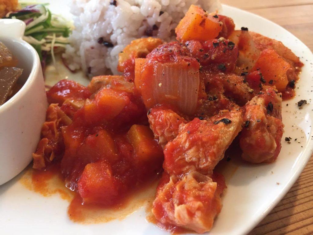 トリッパのトマト煮込み