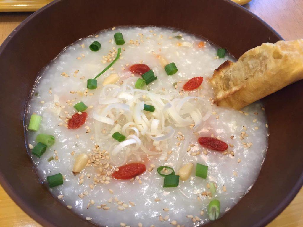 参鶏湯風のおかゆ