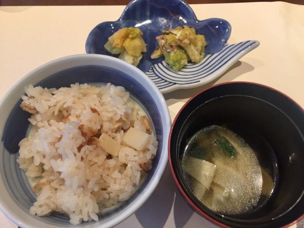 筍の炊き込み御飯、湯葉吸物、香の物