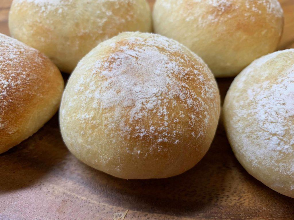 丸パンのアップ