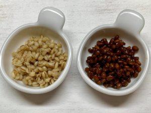 できあがった塩麹(左)と醤油麹(右)