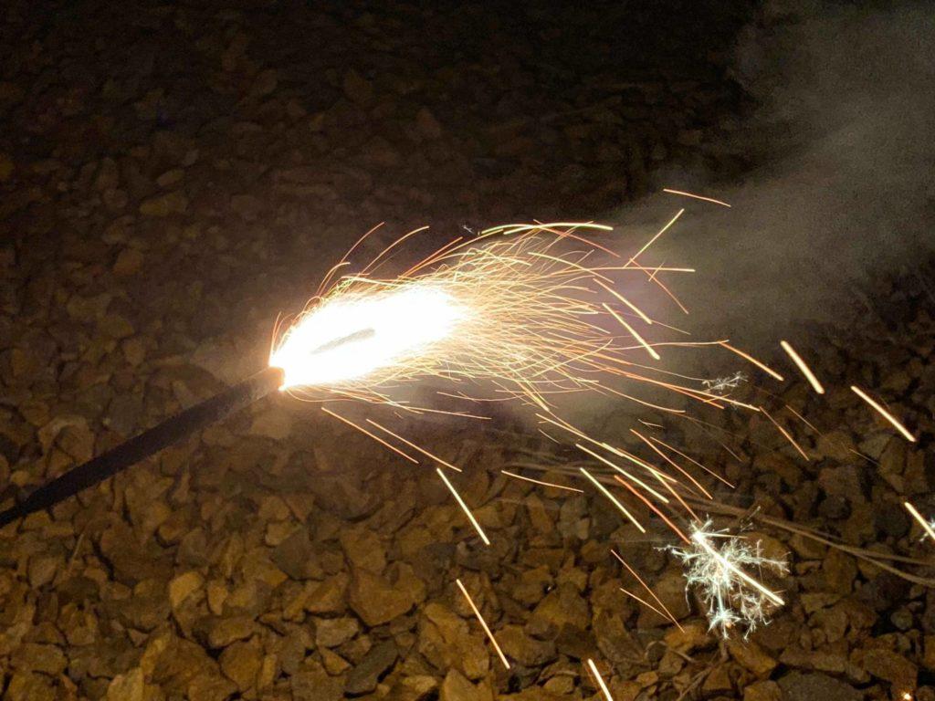 日本の職人さんが作ったという花火